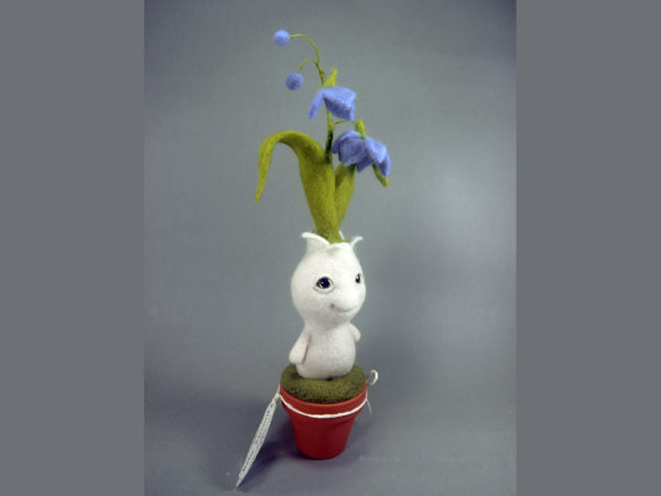 needle-felted-fantasy-creature-baby-sprout