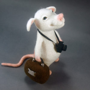 needle-felted-rat-tourist-with-camera