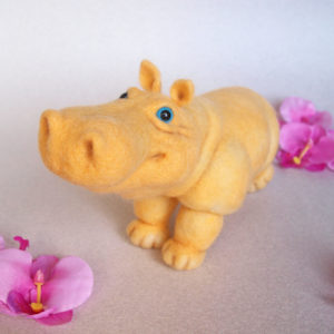 needle-felted-yellow-hyppo